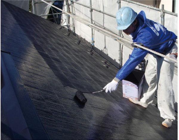 屋根塗装作業風景